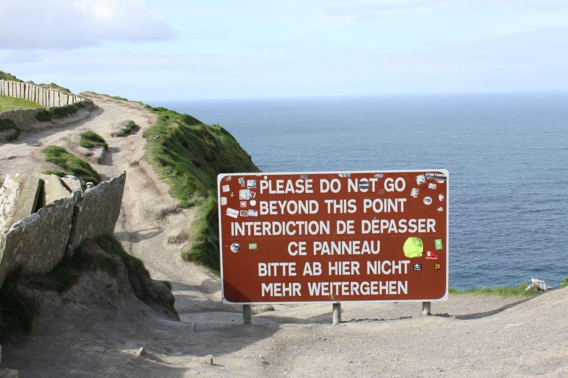 sign do not enter